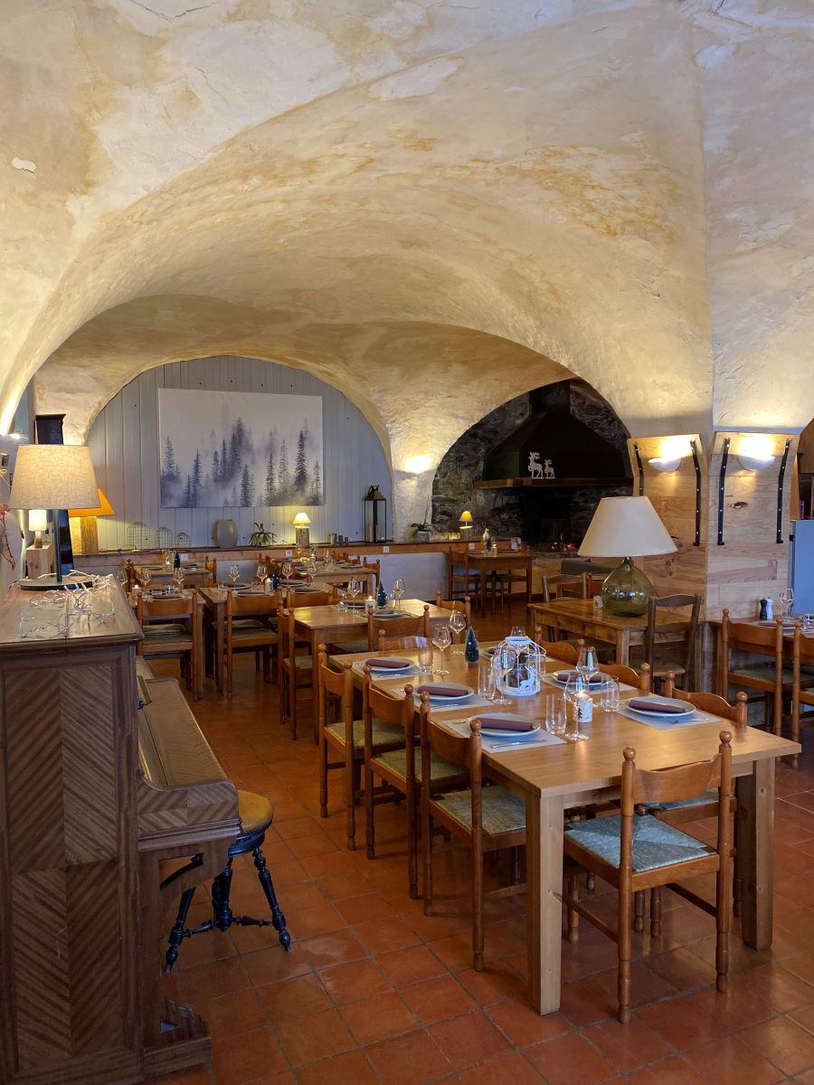 Auberge de la foret à Auris Restaurant